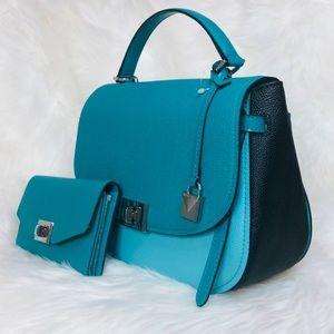 Michael Kors Bags - Michael Kors Cassie Large TH Satchel Wallet Set